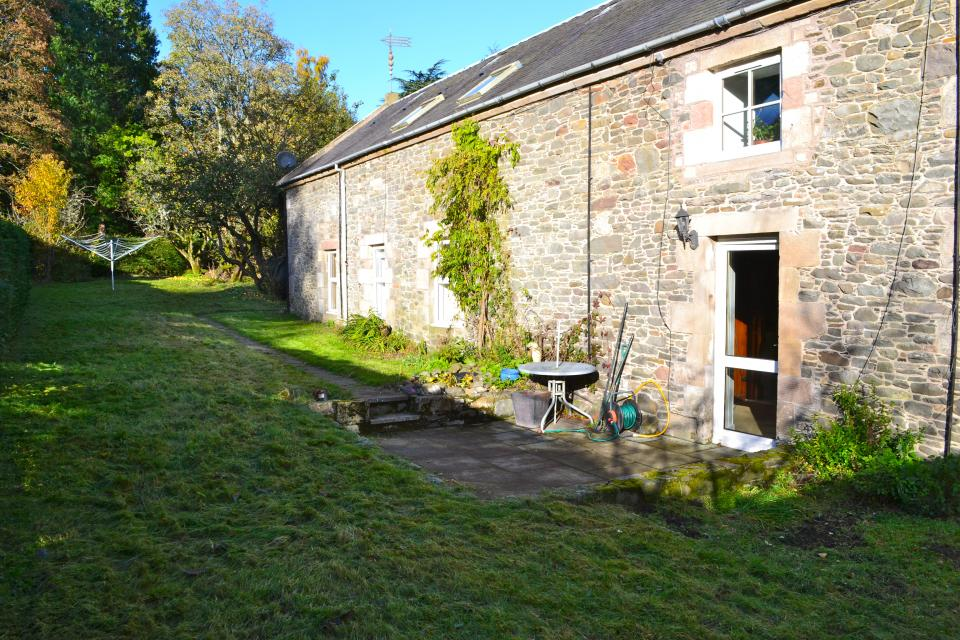 Thumbnail image of Grooms Cottage 1 The Courtyard