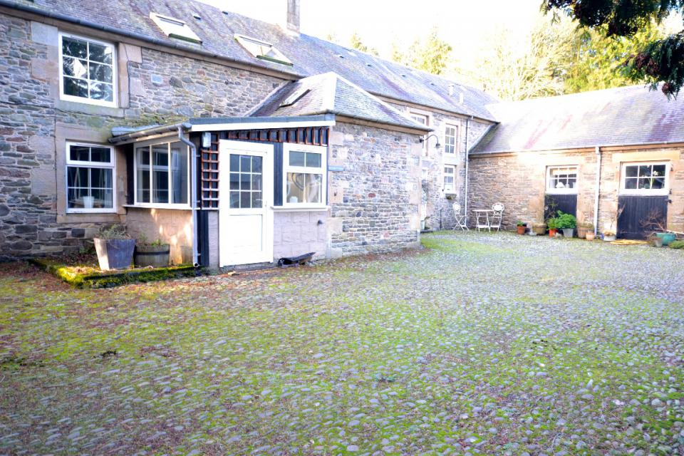 Image of Grooms Cottage 1 The Courtyard